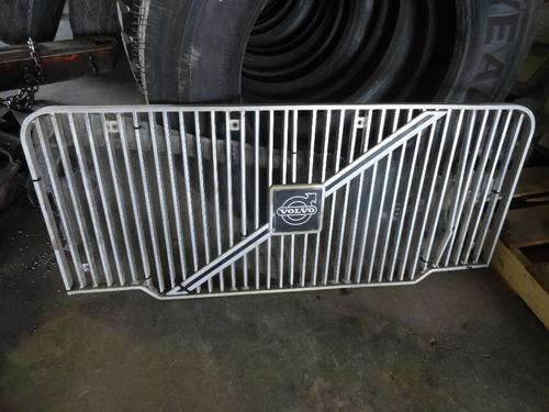 VOLVO WXLL XPEDITOR Grille