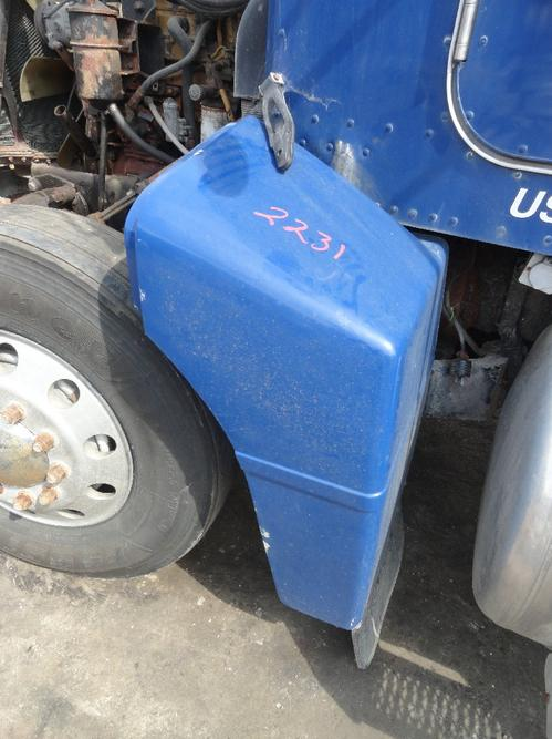 PETERBILT 385 Fender Extension