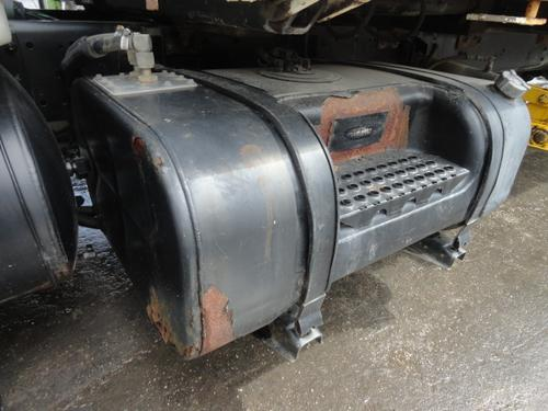 INTERNATIONAL 4700 LOW PROFILE Fuel Tank