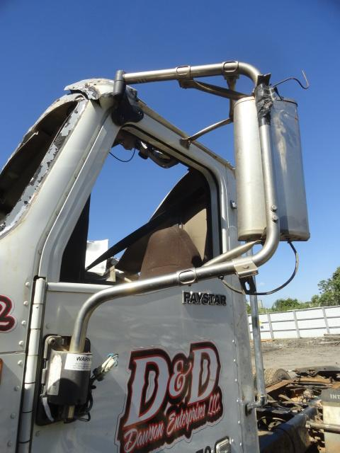 INTERNATIONAL 5900I Mirror (Side View)