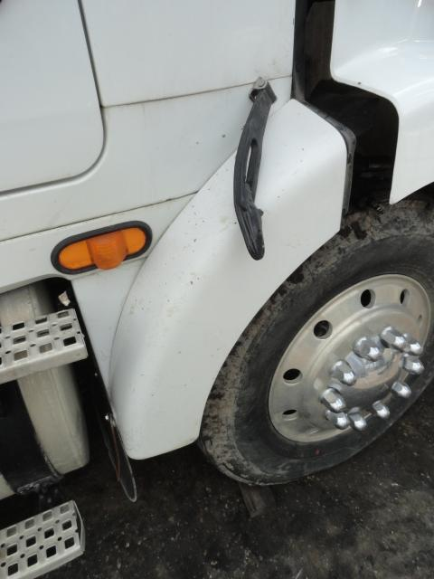 VOLVO WCA Fender Extension