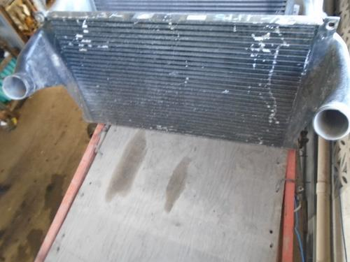 INTERNATIONAL 7100 Intercooler