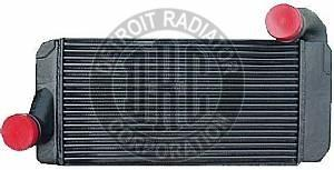 INTERNATIONAL 9200 Intercooler