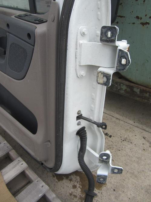 CASCADIA Door Assembly, Front