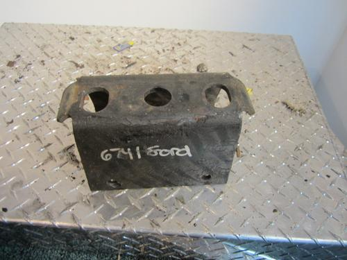 FORD L8000 Brackets, Misc.
