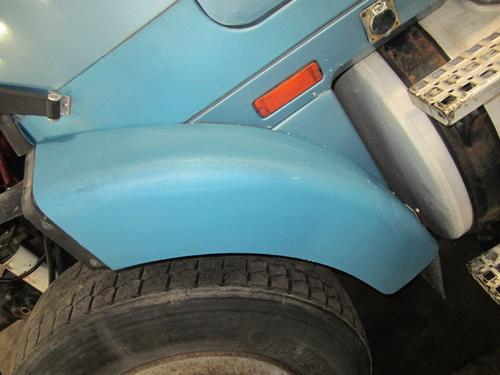 WHITEGMC AUTOCAR ACL64 Fender Extension